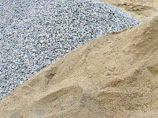 Promoção de Areia, barro e brita