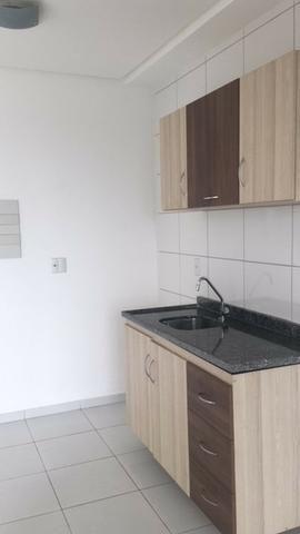 Apartamento de 2 quartos Condomínio Life Ponta Negra