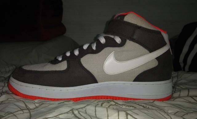 5c88192757 2 modelos de Nike Air Force 1 Mid  07 - Roupas e calçados - Vila Ema ...
