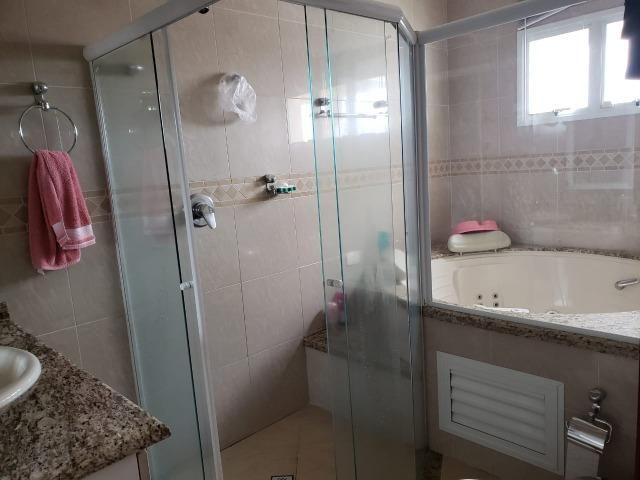 Sobrado em Tremembé - 4 suítes - banheira de hidromassagem - planejados - área gourmet - Foto 19