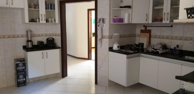 Casa 4 quartos, 3 suítes, fora de condomínio em Itapuã - Foto 4