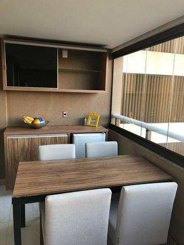Apartamento Alphaville Cosmopolitan 1 suíte 52m² Nascente Finamente Decorado Vista Lagoa - Foto 5