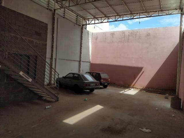 Galpão/depósito/armazém para alugar em Jardim europa, Uberlândia cod:877206 - Foto 2