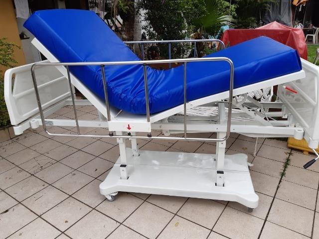 Cama hospitalar 3 manivelas,s luxo com elevação de altura - Foto 3