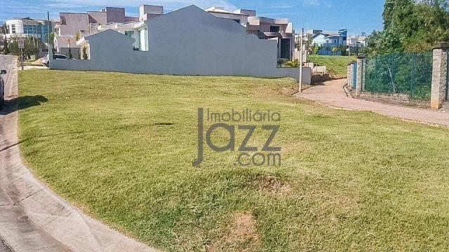 Lindo terreno à venda no Swiss Park, 749 m² por R$ 450.000