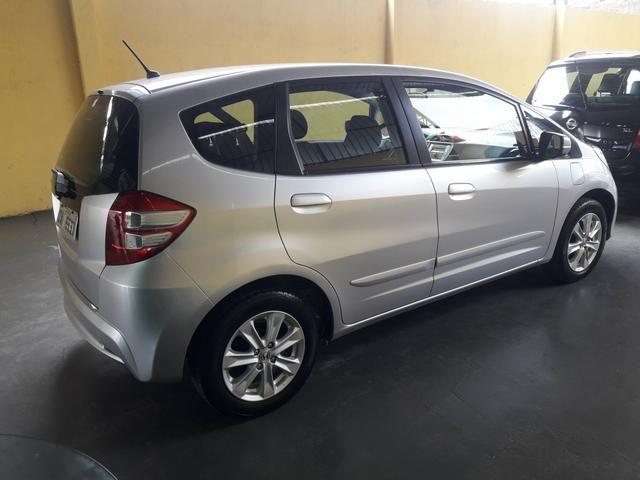 Honda fit 1.5 aut IPVA 2020 pago 2013!!8mil!! - Foto 3