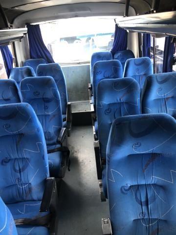 Microônibus ano 2004 - Foto 10