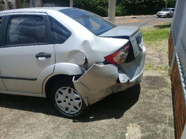 Fiesta sedan 1.6 - Foto 8