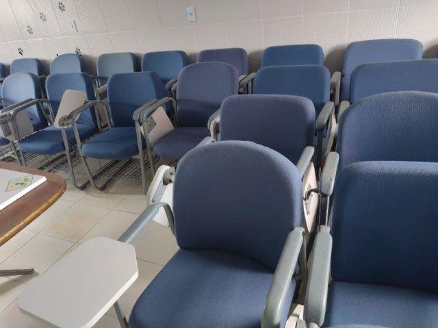 Cadeiras fixas escolares alcochoadas - Foto 2