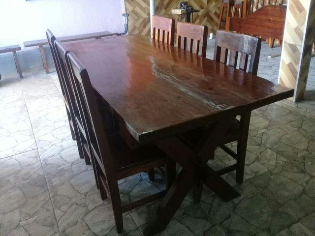 Mesa 0,87 X 1,94 com 6 cadeiras e 2 duas gavetas.  - Foto 5