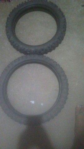 Par de pneus da bros - Foto 3