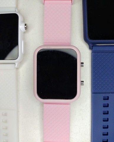 Relógio Led Multicolor (entrega em domicílio) - Foto 6