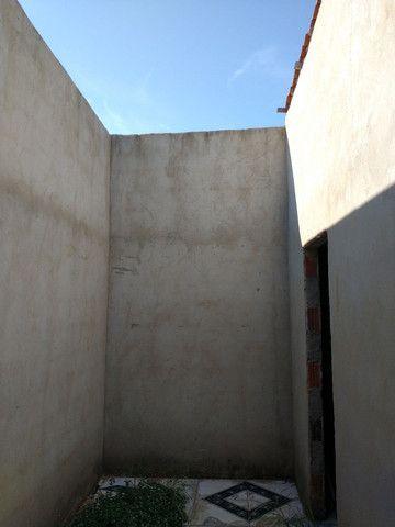 Casa com cisterna 95% concluída - Foto 7