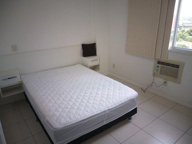 Centro: Apto 2 qts(1suíte), sala ampla, cozinha grande, 1 vaga. todo mobiliado! - Foto 4
