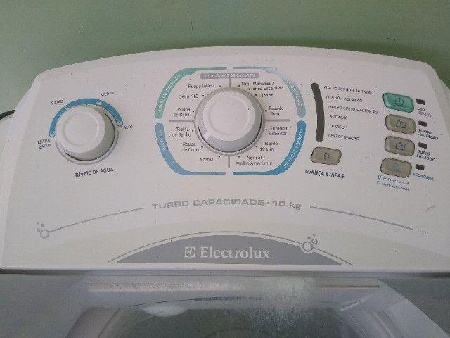 Maquina de Lavar Roupas Electrolux Turbo Cap. 10 Kg