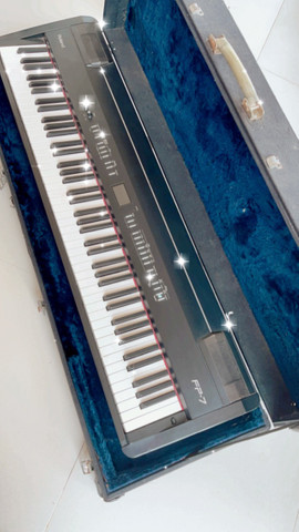 Piano Eletrônico Digital Roland FP-7 - Foto 6