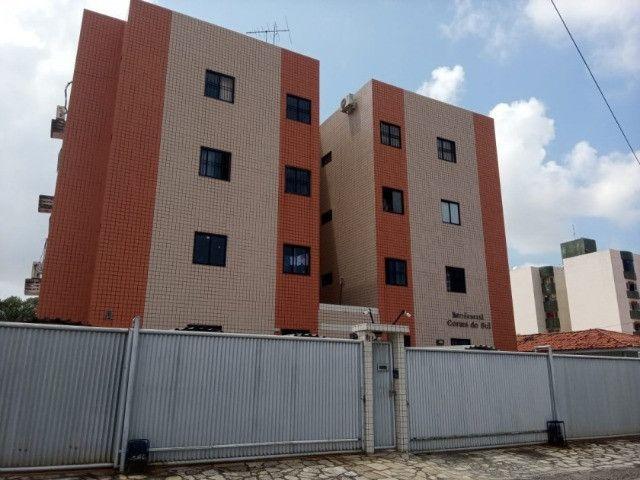 Apartamento 03 quartos, com piscina e churrasqueira