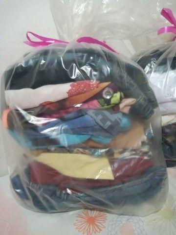 Vende-se lote de roupas usadas e manequim (LEIA A DESCRIÇÃO COM ATENÇÃO) - Foto 2