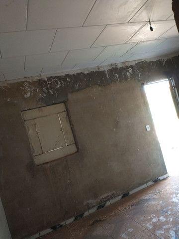 Casa com cisterna 95% concluída - Foto 3