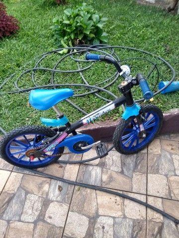 Bicicleta aro 16 em ótimo estado - Foto 2