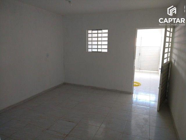 Casa à venda com 2 quartos, sendo 1 suíte e garagem, no bairro São José em Caruaru-PE. - Foto 3