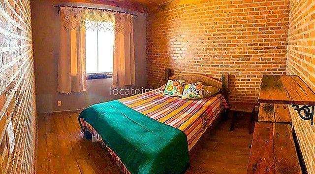 Casa com 2 quartos com 1 Suite - Cozinha Americana - 2 Vagas de garagem - Deck com Churras - Foto 11