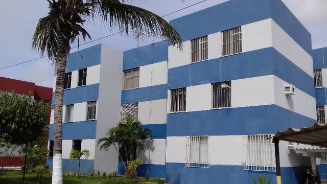 Apartamento com 3/4 na Coroa do Meio - Tel 99960-8350
