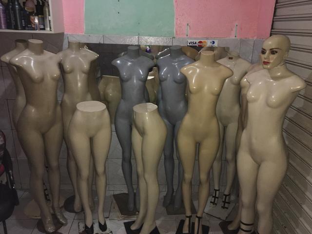Manequins Com Base