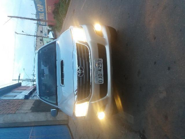 Toyota Hilux SR automática 99.000.00 KM 61.000.00