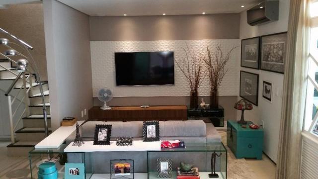 Confortável duplex, 4stes, amplos espaços de muito bom gosto. - Foto 14