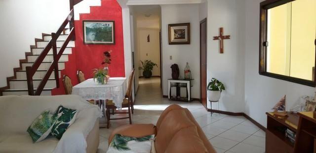 Casa 4 quartos, 3 suítes, fora de condomínio em Itapuã - Foto 2