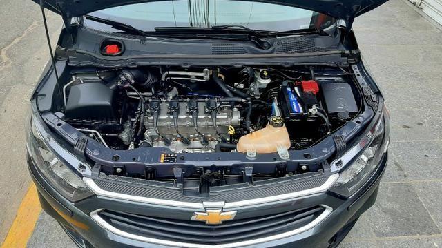 Gm chevrolet onix LT motor 1.0 flex spe/4 c manual 6 marchas 4p cinza ano 2018 35.000km. - Foto 5
