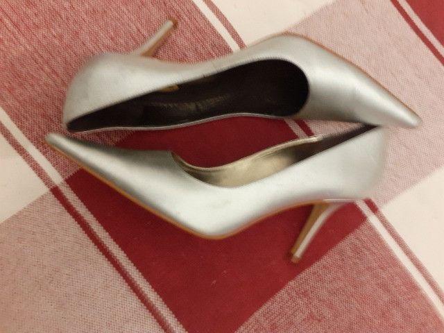 Sapato social cavazzale cor prata semi -novo - Foto 2