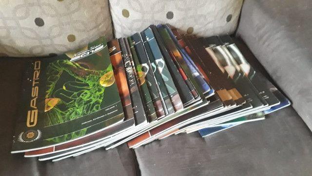 Coleção livros medicina e biologia humana