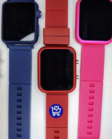 Relógio Led Multicolor (entrega em domicílio) - Foto 4