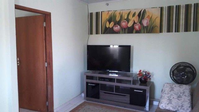 Casa em Laranjeiras Rua do Comercio - Excelente para Investimento