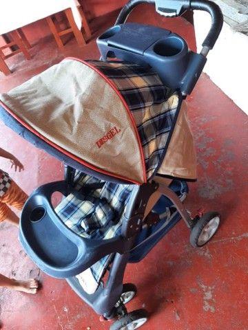 vendo carrinho de bebê bem conservado - Foto 6