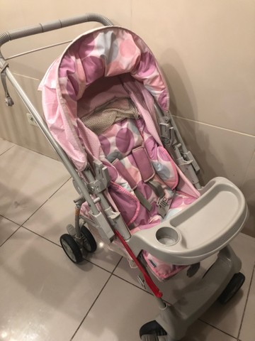 Vendo carrinho com bebê conforto  - Foto 2