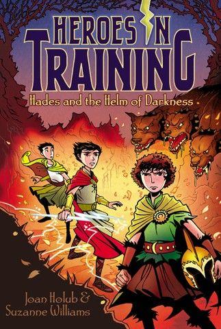 Livro- Heroes in Training- (em inglês)