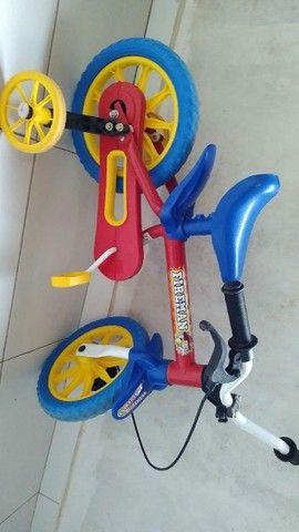 Bicicleta infantil bombeiro