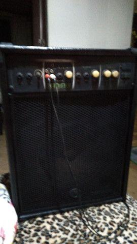 Som caixa com entrada cabo auxiliar pendrive entrada pra microfone