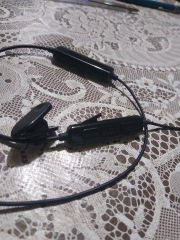 Fone de Ouvido Bluetooth Phillips - Foto 4