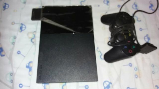 Vendo esse video game play station 2;pouco tempo e uso