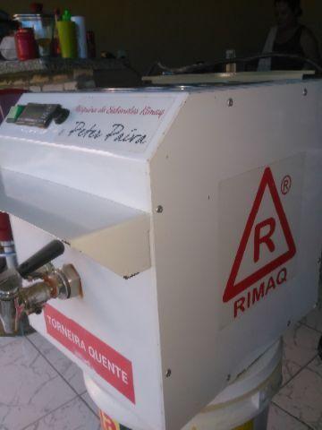 Máquina de fabricar sabonetes artesanais
