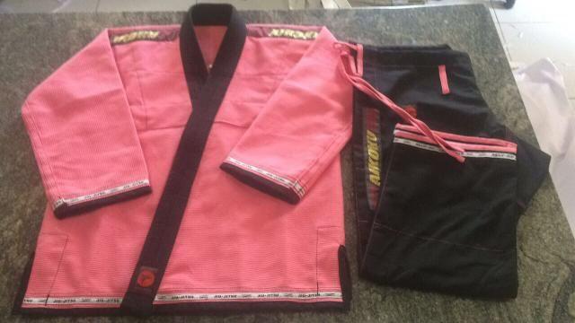 Kimono trançado mundial rosa NOVO
