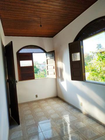 Aconchegante apartamento de dois quartos, amplo e muito bem localizado - Foto 9