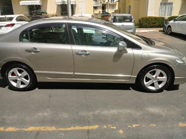 Honda Civic 2010 Dourado