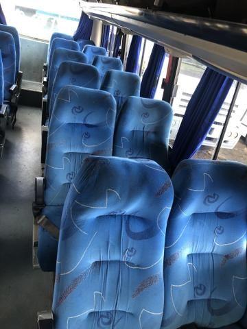 Microônibus ano 2004 - Foto 9