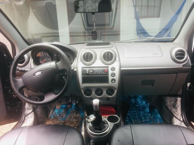 Ford Fiesta 2013/14 - Foto 4