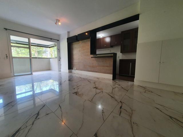 Belíssimo apto de 1 suite com sala ampliada no Reserva Jardim - Foto 2